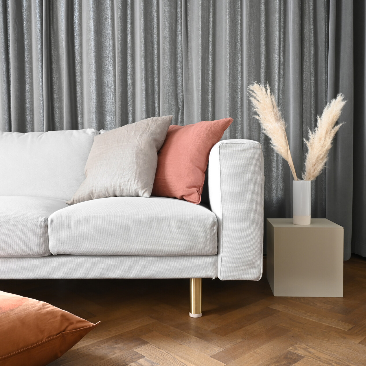 Full Size of Togo Sofa Alternatives Couch For Small Spaces Best Bed Ikea Sleeper Uk To Sofas Crossword Reddit Living Room Cheap Kaufe Neue Mbelbeine Fr Dein Prettypegs Sofa Sofa Alternatives