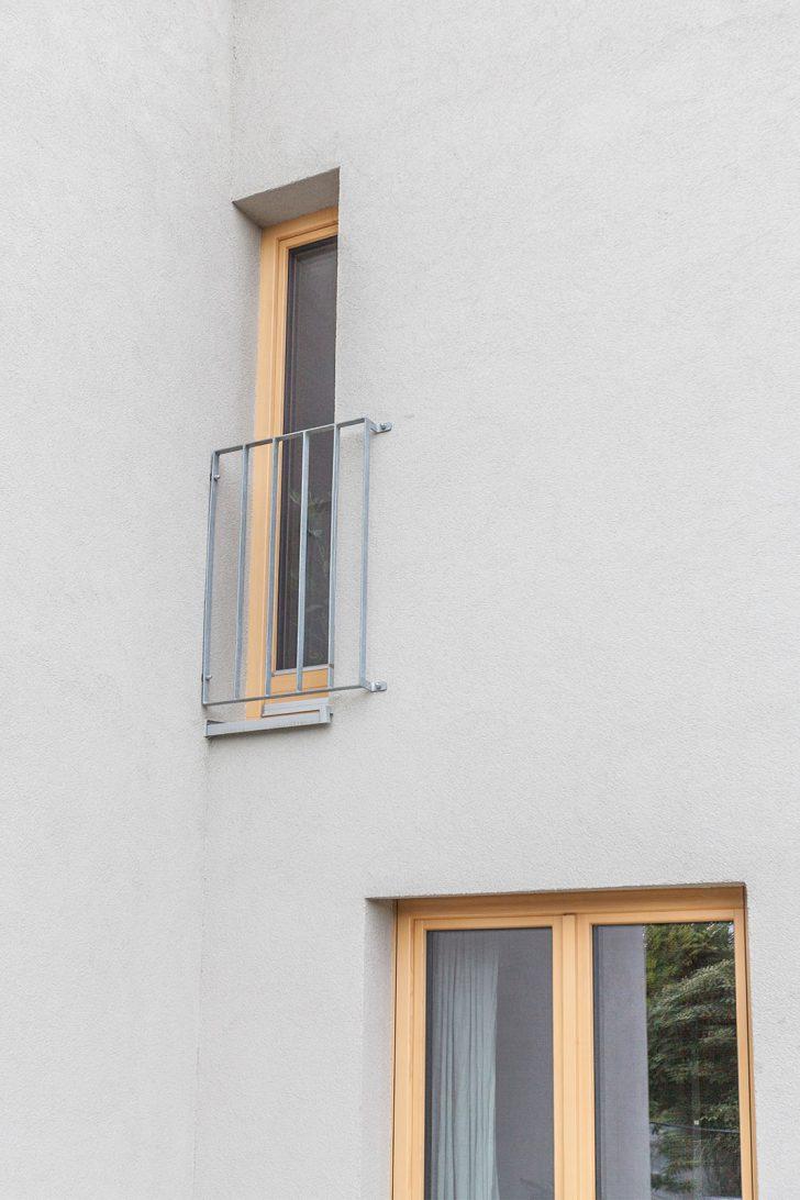 Medium Size of Fenster Dreifachverglasung Preise Preis Schallschutz Kosten Dreifach Verglaste Mit Rolladen Oder Zweifachverglasung Holzfenster Aus Fichte Schrgelementen Fenster Fenster Dreifachverglasung