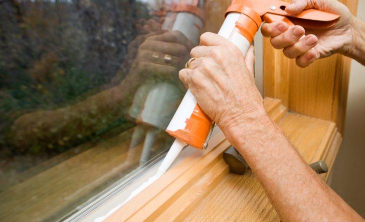Medium Size of Fenster Abdichten Weniger Zugluft In 7 Schritten Insektenschutz Aluminium Rolladen Nachträglich Einbauen Runde Weru Preise Einbruchschutz Nachrüsten Folie Fenster Fenster Abdichten