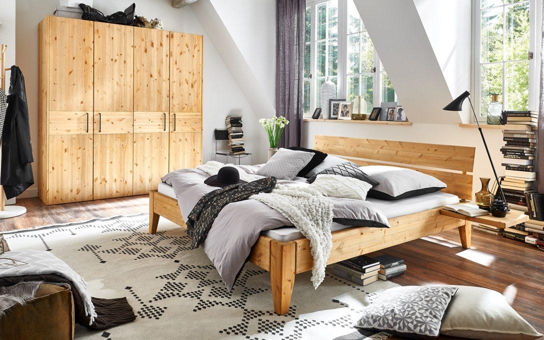 Large Size of Romantisches Bett Chesterfield Weiße Betten Boxspring Weiß 160x200 Bettkasten Grau Inkontinenzeinlagen Funktions Günstige 140x200 Mit Stauraum Bett Bett Komforthöhe