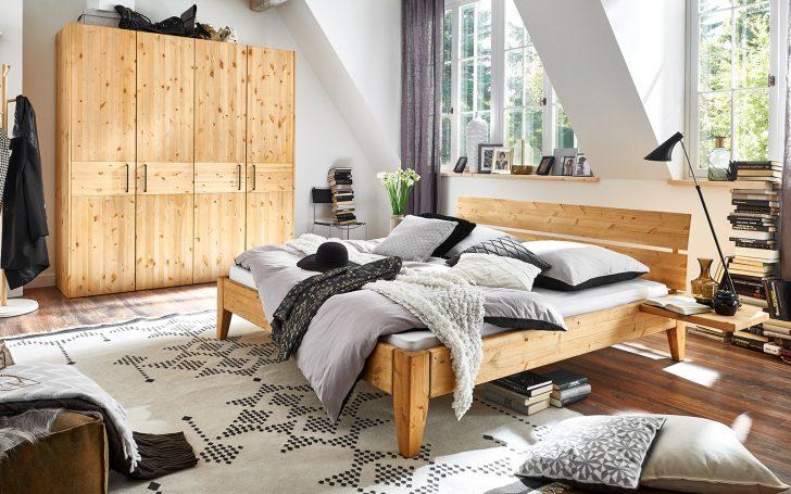 Medium Size of Romantisches Bett Chesterfield Weiße Betten Boxspring Weiß 160x200 Bettkasten Grau Inkontinenzeinlagen Funktions Günstige 140x200 Mit Stauraum Bett Bett Komforthöhe