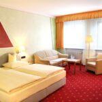 Hotel Bad Windsheim Bad Hotel Bad Windsheim Doppelzimmer 1 Garni Goldener Schwan Zwischenahn Kommode Weiß Hochglanz Königshof Füssing Hotels Dürkheim Birnbach Holzfliesen
