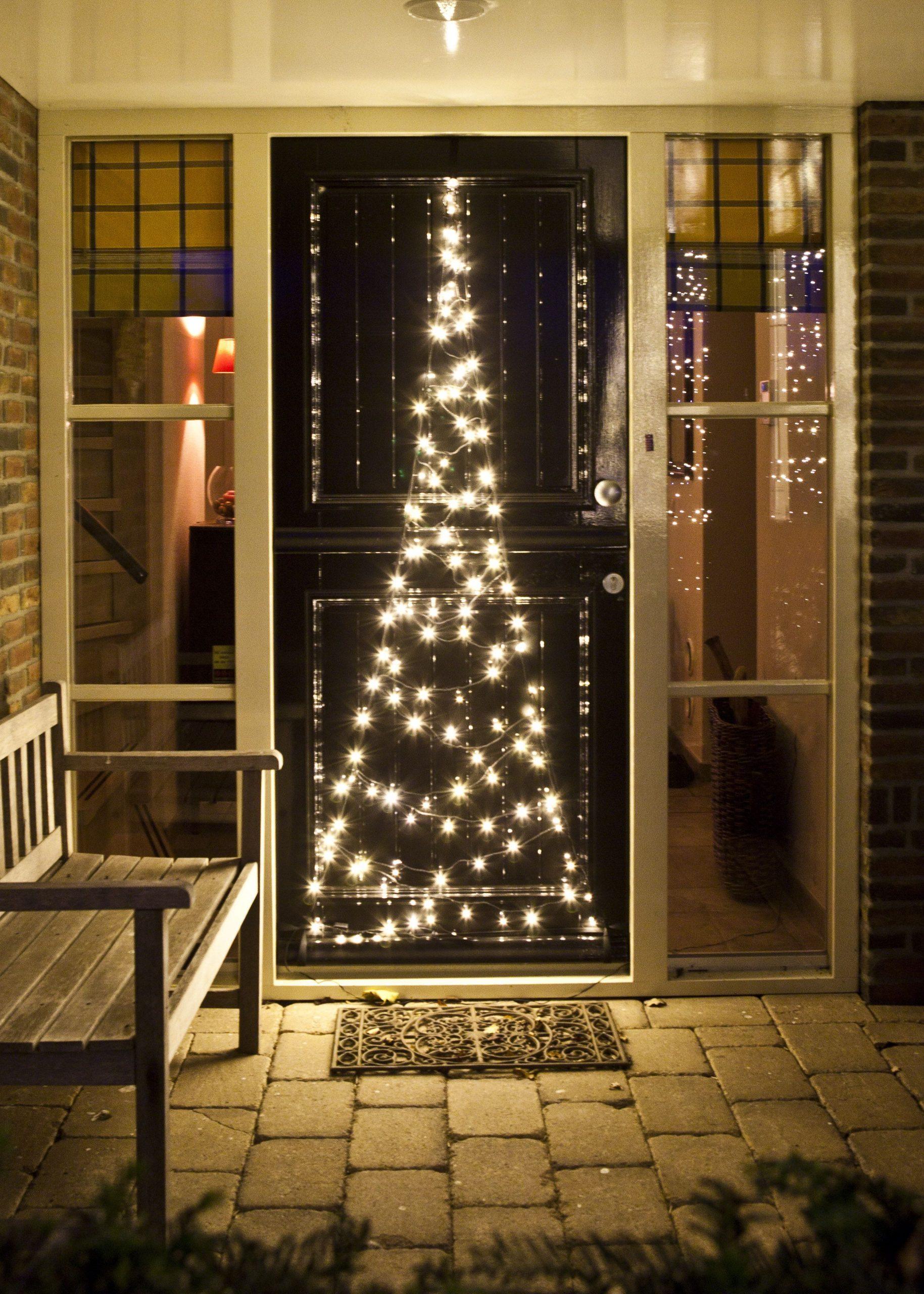Full Size of Fenster Beleuchtung Weihnachts Indirekte Fensterbeleuchtung Led Weihnachten Kinderzimmer Stern Mit Saugnapf Weihnachtsdekohauseingangaussen Abdichten Tauschen Fenster Fenster Beleuchtung