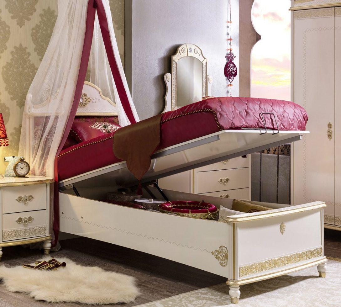 Large Size of Boxspring Bett Holz Bettkasten 200x200 Mit 160x200 Ikea 180x200 Holzbett Betten 140 Sultan Antik Leander Prinzessin Designer Kleinkind Sitzbank Kopfteil Bett Bett Bettkasten