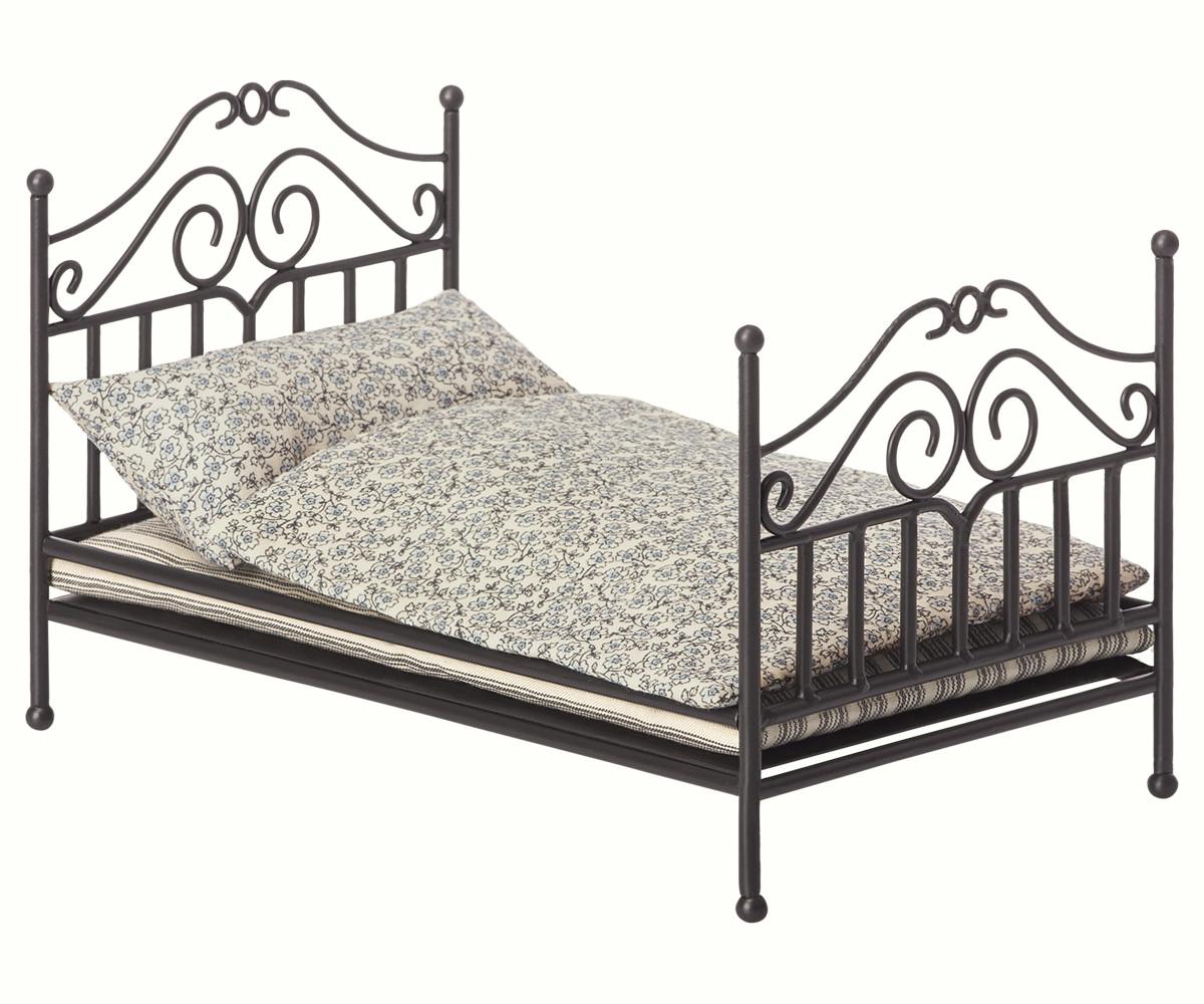 Full Size of Bett Vintage Maileg Micro Und Babygeschenke Mit Schubladen Betten Köln Günstig 140x200 Bettkasten Massivholz Musterring Kopfteil Selber Bauen Wohnwert Bett Bett Vintage