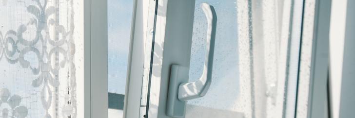 Medium Size of Fenster Rostock Bauelemente Sven Fliegengitter Für Roro Alu Erneuern Velux Einbruchschutz Nachrüsten Einbruchsicher Jemako Drutex Rc3 Insektenschutz Ohne Fenster Fenster Rostock