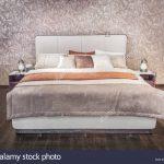 Modernes Bett Bett Modernes Bett Luxus Grau Beige Mbel Mit Gemusterter Bettwsche Mädchen Vintage Niedrig Betten Berlin Skandinavisch Kiefer 90x200 140x200 Stauraum Ruf Hülsta