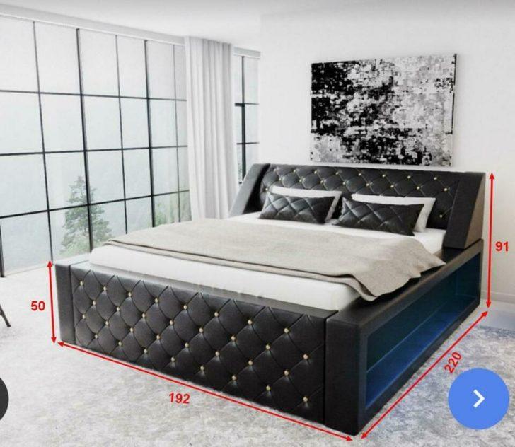Medium Size of Bett Arezzo Chesterfield Optik Designerbett Bettkasten 180x200 Weisses Betten Weißes 140x200 Sofa Bette Badewannen Ohne Kopfteil Hülsta Runde Aufbewahrung Bett Bett Komplett