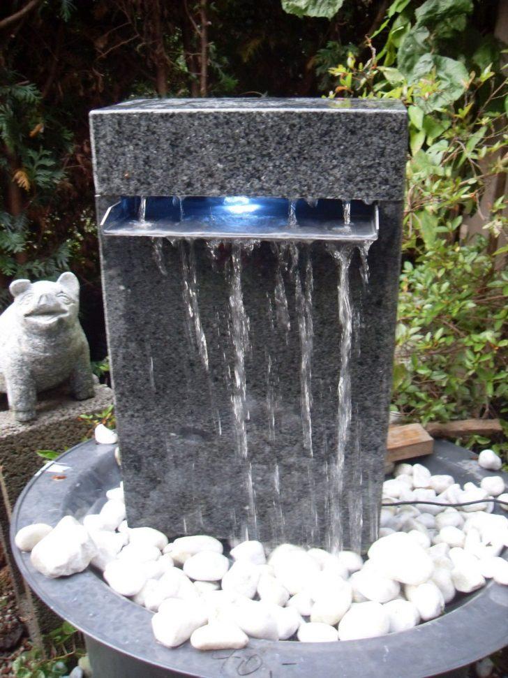 Medium Size of Wasserbrunnen Garten Wasserfall Wasserspiel Granit Berlauf In Amp Terrasse Hängesessel Lounge Sessel Und Landschaftsbau Berlin Relaxsessel Kugelleuchte Garten Wasserbrunnen Garten
