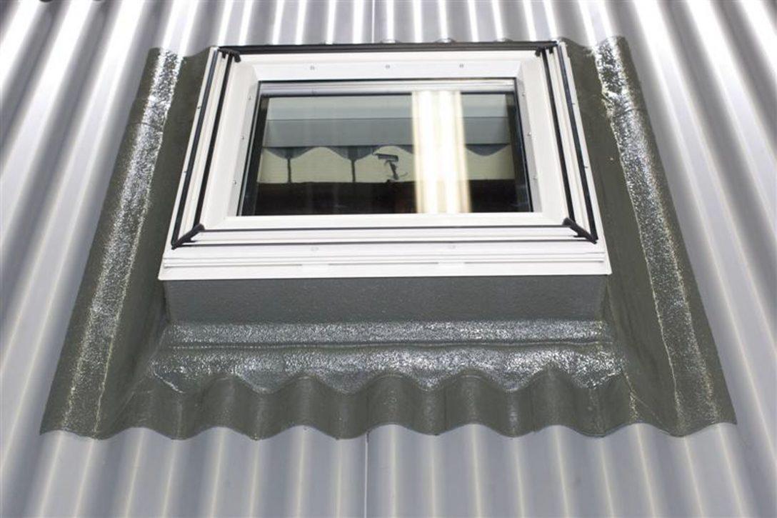 Large Size of Flachdach Fenster Einbau Von Veluflachdachfenstern Am Welldach Türen Velux Kaufen Standardmaße Dänische Rolladen Nachträglich Einbauen Reinigen Fenster Flachdach Fenster