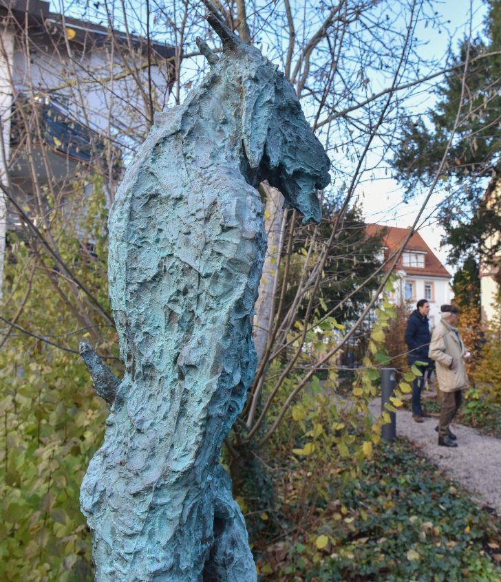 Medium Size of Skulpturen Garten Gartenskulpturen Aus Stein Italien Kaufen Selber Machen Skulpturengarten Hirschberg Zwischen 3000 Pflanzen Und Drei Arid Holzhaus Ecksofa Garten Skulpturen Garten