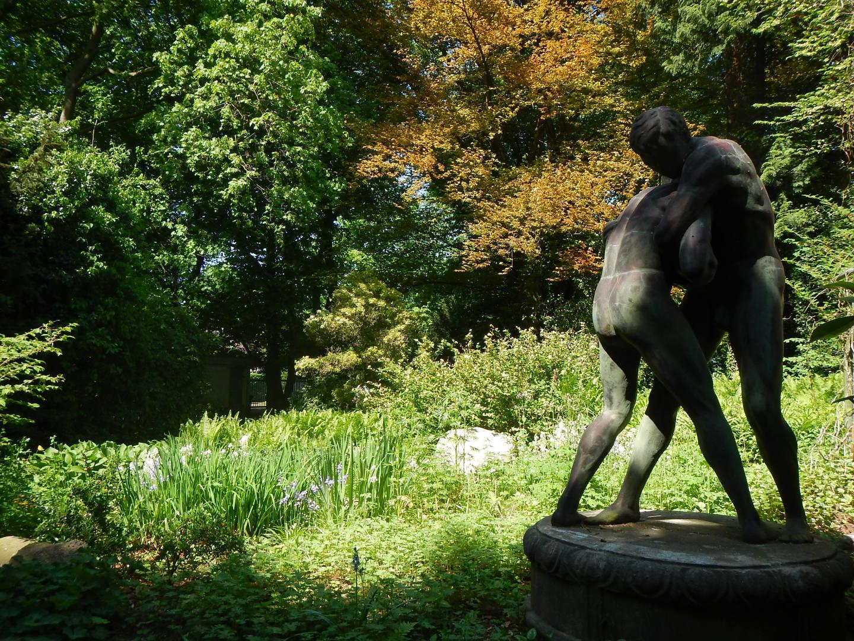 Full Size of Gartenskulpturen Stein Modern Garten Skulpturen Metall Skulptur Aus Steinguss Kaufen Schweiz Beton Rost Gartendeko Moderne Thieles Bremerhavende Spielgerät Garten Garten Skulpturen