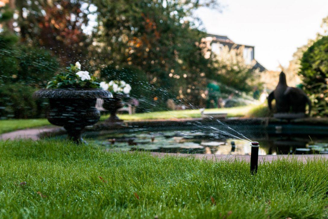 Large Size of Bewässerungssystem Garten Zaun Hängesessel Brunnen Im Schwimmingpool Für Den Relaxliege Kugelleuchten Spielturm Und Landschaftsbau Hamburg Kinderhaus Liege Garten Bewässerungssystem Garten