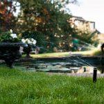Bewässerungssystem Garten Garten Bewässerungssystem Garten Zaun Hängesessel Brunnen Im Schwimmingpool Für Den Relaxliege Kugelleuchten Spielturm Und Landschaftsbau Hamburg Kinderhaus Liege