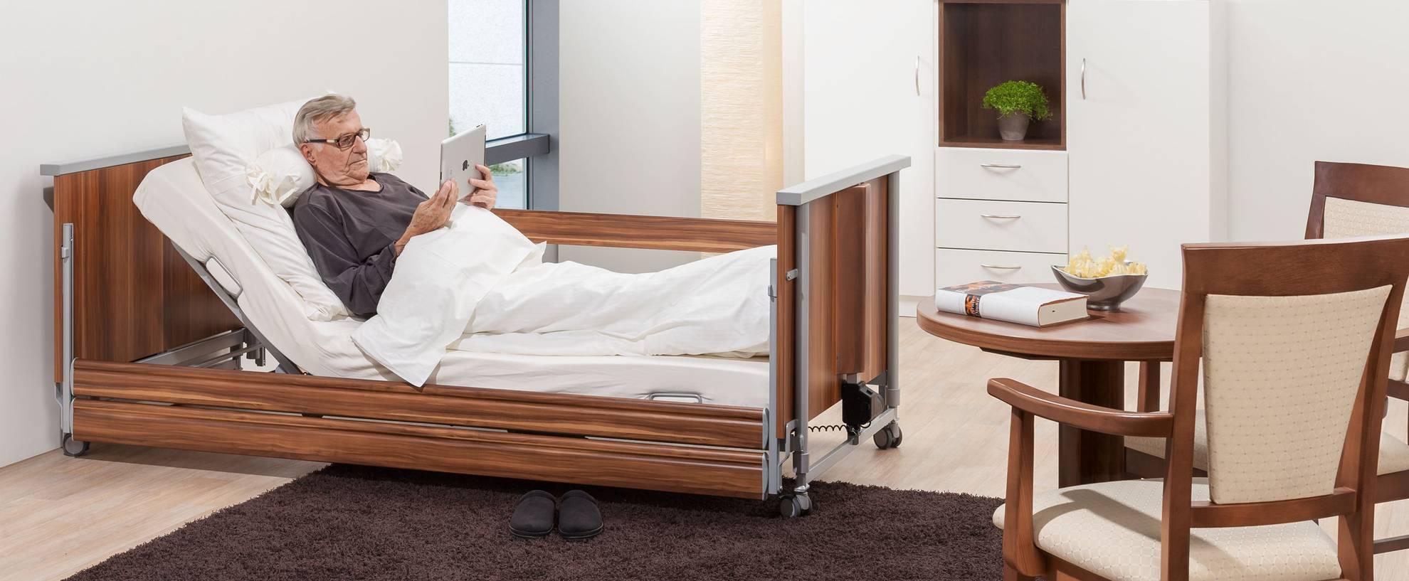 Full Size of Niedrigbett Pflegebett Fr Zuhause Domifleniedrig Classic Bett Hoch Designer Betten Bettwäsche Sprüche Metall Bock Einfaches Schlafzimmer Set Mit Bett Bett Niedrig