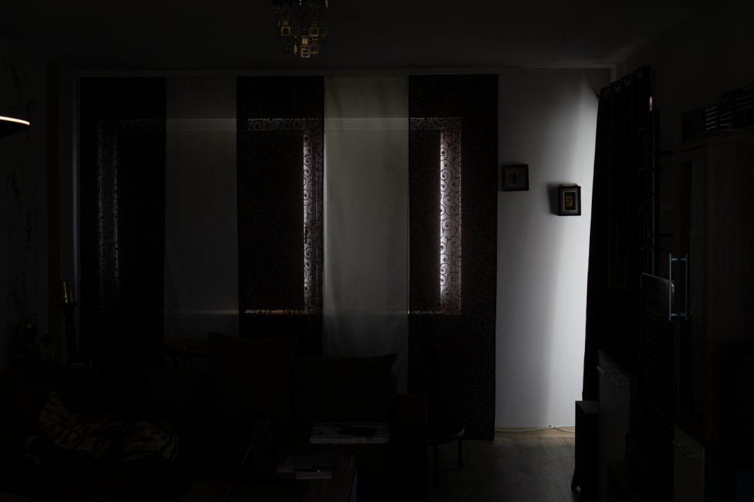 Large Size of Fenster Verdunkelung Vllig Von Der Rolle Solina Rollos Mdks Felux Landhaus Einbruchsicherung Sonnenschutz Erneuern Kosten Insektenschutz Fototapete Schüco Rc3 Fenster Fenster Verdunkelung