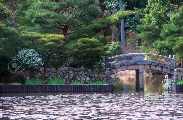Medium Size of Wassertank Garten Brcke Ber In Kyoto Holzbank Versicherung Schallschutz Vertikal Bewässerungssysteme Wohnen Und Abo Paravent Mein Schöner Sichtschutz Holz Garten Wassertank Garten