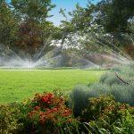 Bewässerungssysteme Garten Garten Bewässerungssysteme Garten Jacuzzi Holzbank Klapptisch Wasserbrunnen Schaukelstuhl Kugelleuchten überdachung Rattanmöbel Loungemöbel Holz Relaxsessel