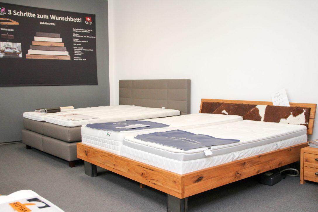 Large Size of Massivholz Betten 120x200 Bett Hamburg 140x200 Kaufen 180x200 Xxl Lutz 200x200 Berlin Massivholzbetten Schweiz Bettgestelle Wirth Aus Holz Bei Ikea Günstig Bett Massivholz Betten