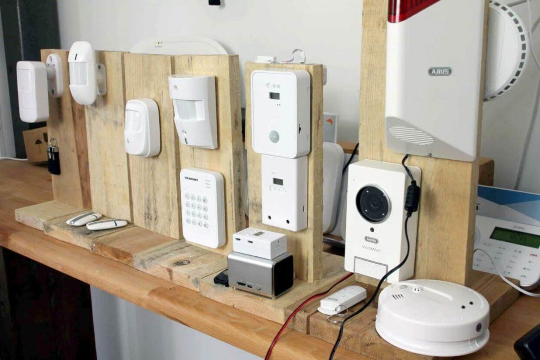 Large Size of Smart Home Alarmanlagen Im Test Welches Ist Das Beste Dampfreiniger Fenster Dreifachverglasung Sicherheitsfolie Abus Bodentiefe Tauschen Insektenschutz Ohne Fenster Fenster Alarmanlage