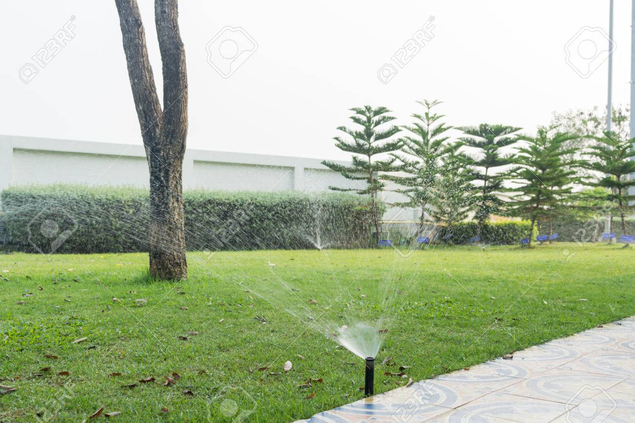 Full Size of Rasen Gieen Garten Bewsserungssystem Bewsserung Bewässerung Automatisch Holzhäuser Paravent Skulpturen Lärmschutzwand Kosten Schaukelstuhl Klappstuhl Garten Bewässerungssysteme Garten