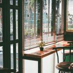 Sichtschutz Fenster Gegen Neugierige Nachbarn Raumausstattung Velux Ersatzteile Kosten Neue Tauschen Sonnenschutz Schallschutz Rollos Für Beleuchtung Fenster Fenster Jalousien