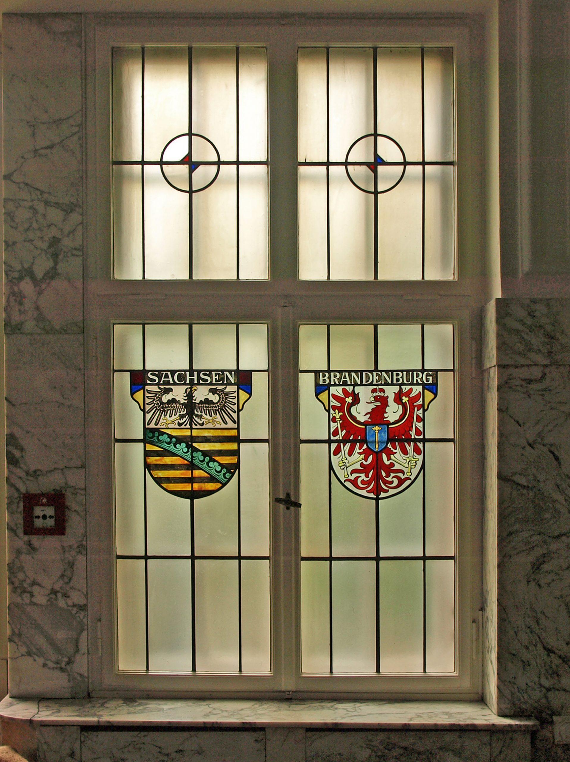 Full Size of Fenster Bremen Rollos Für Sicherheitsfolie Test Jalousien Sichtschutzfolie Konfigurator Nach Maß Stores Absturzsicherung Günstig Kaufen Flachdach Alte Herne Fenster Fenster Bremen