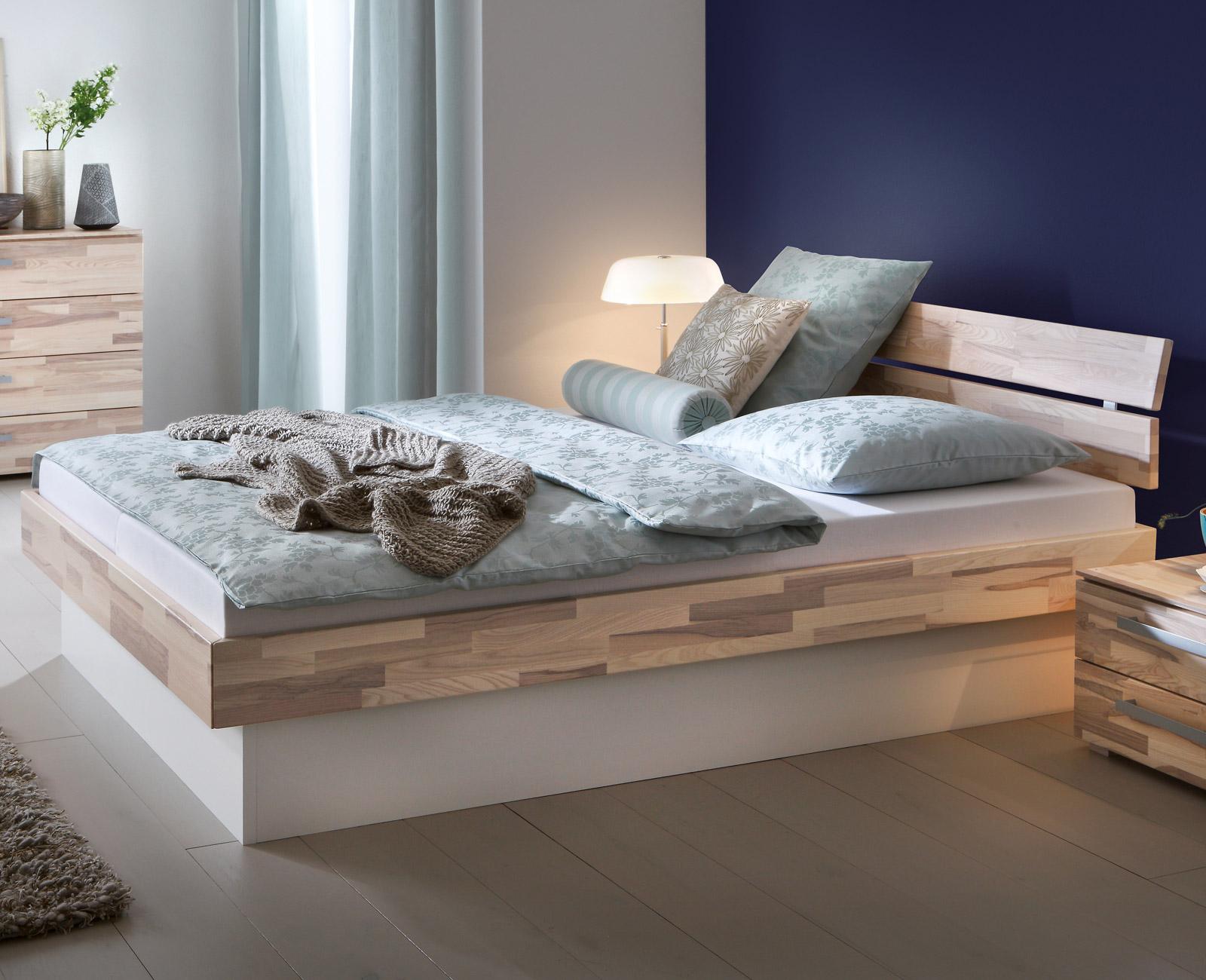 Full Size of Sockelbett Aus Heller Kernesche Mit Bettkasten Partido Bett Www.betten.de