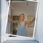 Insektenschutz Fenster Anleitung Schellenberg Montieren Rc 2 Runde Einbruchschutz Stange Welten Standardmaße Insektenschutzgitter Folie Meeth Plissee Mit Fenster Insektenschutz Fenster