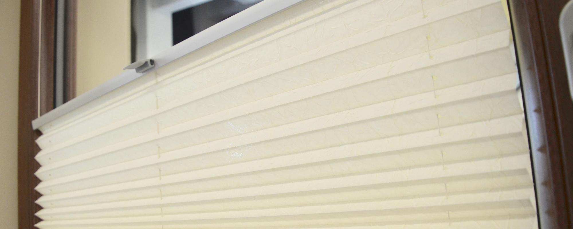 Full Size of Fenster Plissee Eibner Regnath Tren Austauschen Mit Rolladenkasten Velux Rollo Rc 2 Sichtschutzfolie Einseitig Durchsichtig Einbruchsicherung Rundes Fenster Fenster Plissee