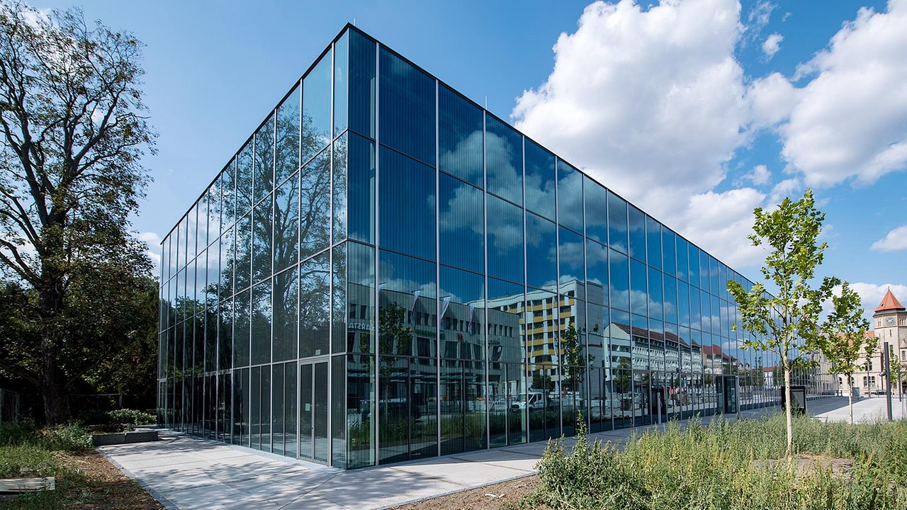 Full Size of Bauhaus Fensterfolien Fensterdichtungen Badezimmer Fensterfolie Fensterdichtungsband Granitplatten Fensterbank Verspiegelt Schwarz Tesa Fensterdichtung Granit Fenster Bauhaus Fenster