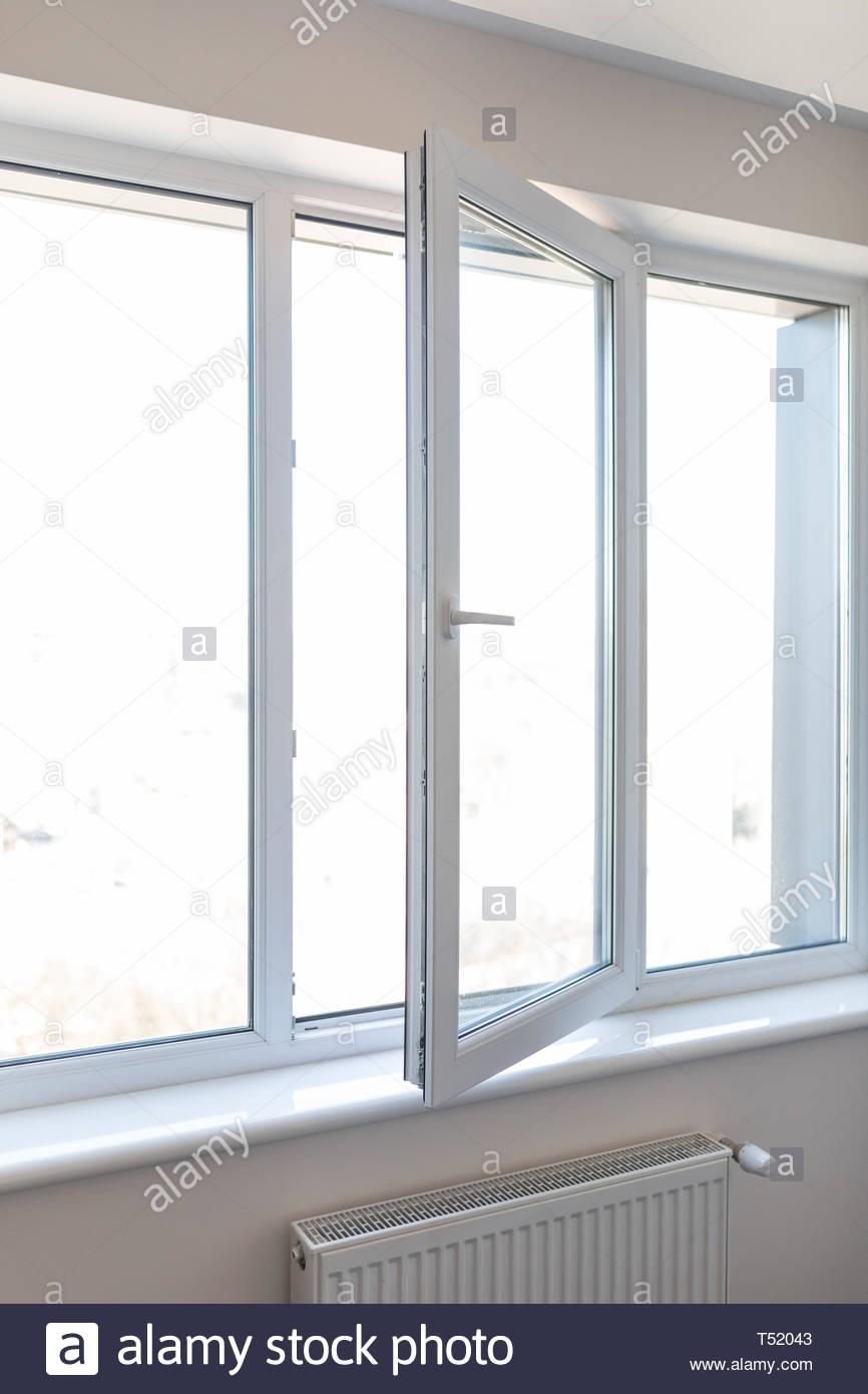 Full Size of Kunststoff Fenster Veka Preise Holz Alu Meeth Beleuchtung Insektenschutz Günstig Kaufen Dänische Velux Einbauen Schüco Online Putzen Kbe Mit Eingebauten Fenster Kunststoff Fenster