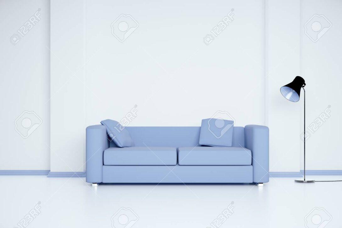 Large Size of Blaues Sofa Buchmesse Frankfurt 2019 Blaue Zdf Mediathek Das Bayern 1 Couch Podcast Leipzig Im Weien Raum Mit Leerer Wand Und Lampe Mock Up Günstig Kaufen Sofa Blaues Sofa