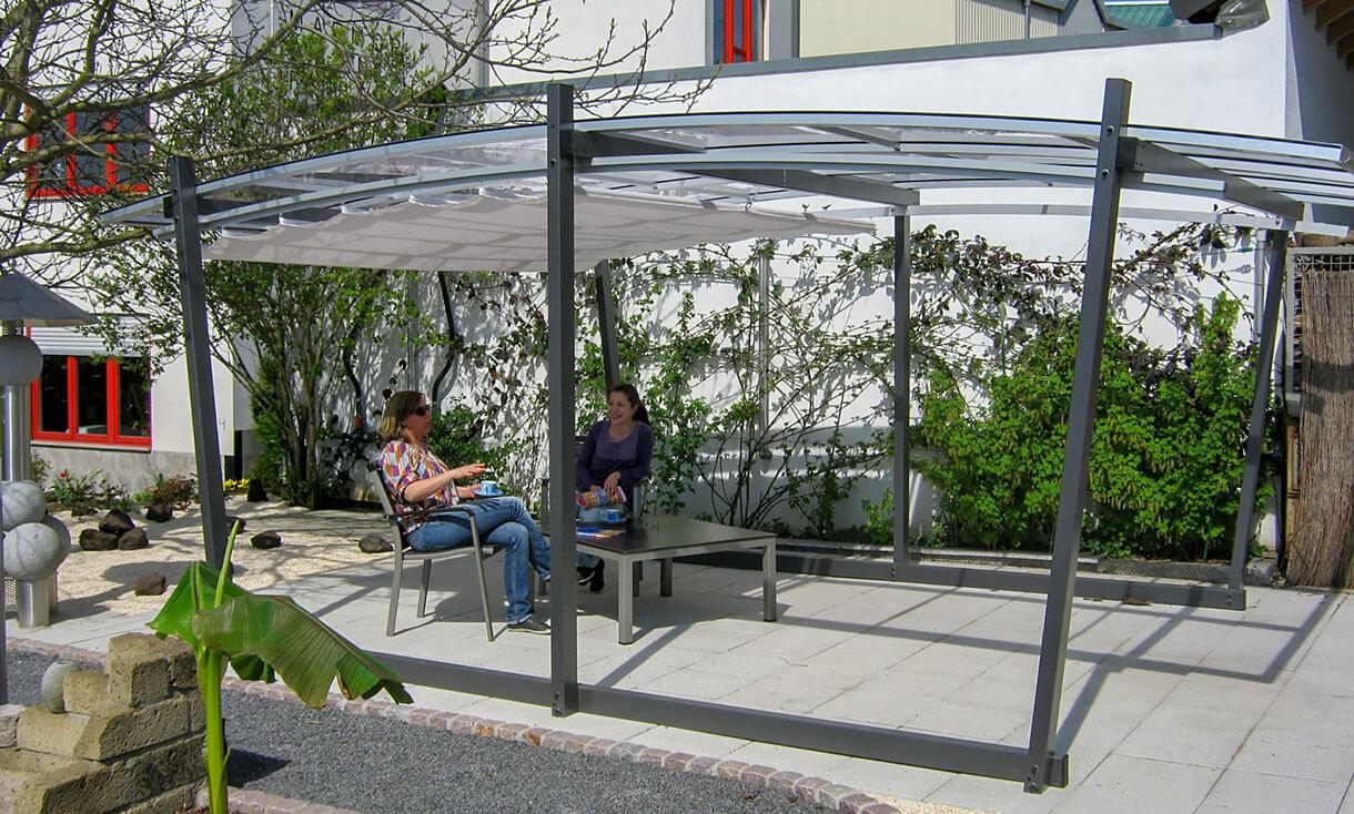 Full Size of Freistehende Pergola Mit Transparentem Dach Sakura Gartenüberdachung Garten Gartenüberdachung