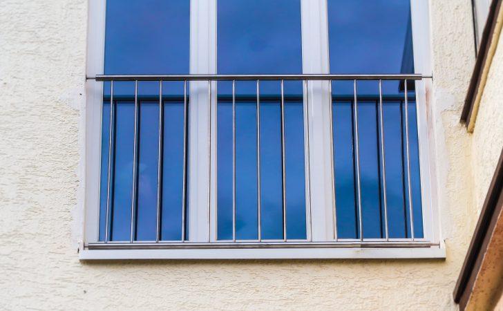 Medium Size of Absturzsicherung Fenster Franzsischer Balkon Aus Edelstahl Jps Flachdach Folie Kunststoff Maße Alu Kosten Neue Dampfreiniger Auf Maß Einbruchsichere Rolladen Fenster Absturzsicherung Fenster