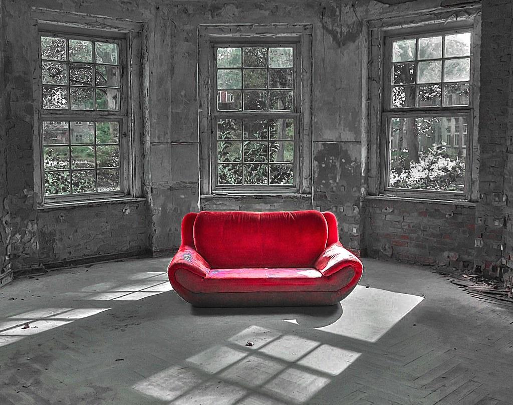 Full Size of Rotes Sofa Ich Habe Das Bild Auf Einen Hinweis Von Rossi N Flickr Dauerschläfer Chesterfield Grau Eck Hersteller L Mit Schlaffunktion Stressless Alcantara Sofa Rotes Sofa