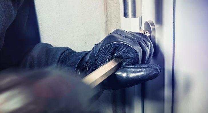 Medium Size of Sicherheitsbeschläge Fenster Nachrüsten Rostock Kunststoff Rehau Sicherheitsfolie Alte Kaufen Braun Fototapete Sichern Gegen Einbruch Polnische Fenster Sicherheitsbeschläge Fenster Nachrüsten