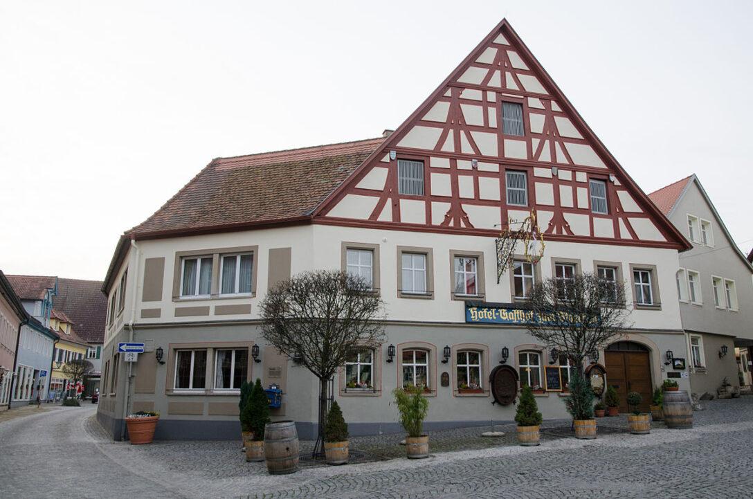 Large Size of Weinmarkt 6 001jpg Bad Schandau Hotel Held Möbel Urlaub In Württemberg Hersfeld Lauterberg Homburg Schweizer Hof Füssing Flinsberg Schimmel Im Entfernen Bad Hotel Bad Windsheim