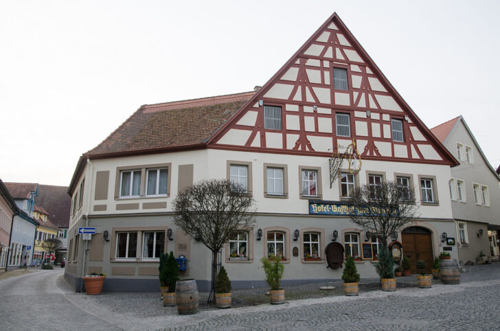 Medium Size of Weinmarkt 6 001jpg Bad Schandau Hotel Held Möbel Urlaub In Württemberg Hersfeld Lauterberg Homburg Schweizer Hof Füssing Flinsberg Schimmel Im Entfernen Bad Hotel Bad Windsheim
