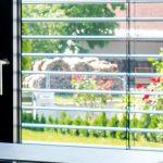 Jalousien Neumann Fenster Bodentief Neue Einbauen Landhaus Standardmaße Sichtschutzfolie Nach Maß Kaufen In Polen Kosten Weihnachtsbeleuchtung Sichern Gegen Fenster Fenster Jalousien