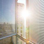 Sonnenschutz Fenster Innen Fenster Sonnenschutz Fenster Innen Ohne Bohren Selber Machen Rollos Velux Oder Aussen Innenrollos Plissee Ikea Folie Saugnapf Hitzeschutz Im Sommer Was Hilft Wirklich