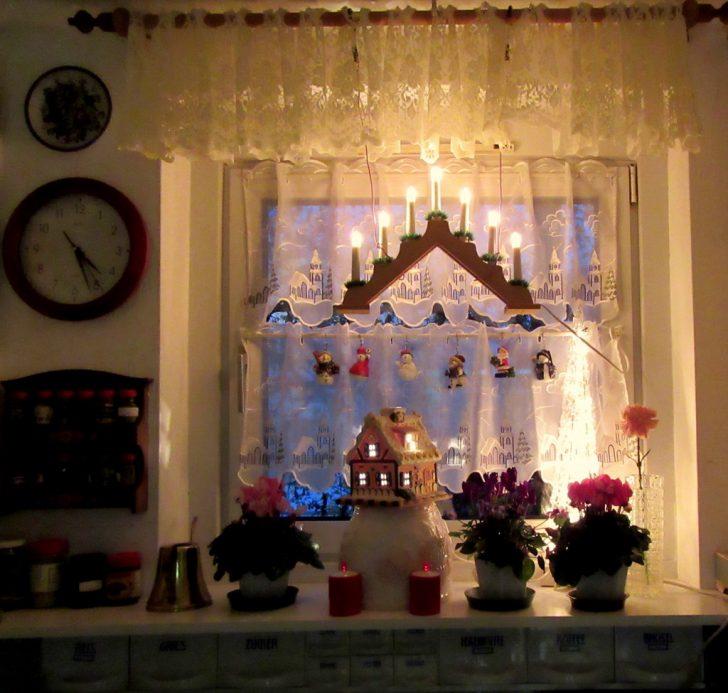 Medium Size of Weihnachtsbeleuchtung Fenster Mit Favoriten Jemako Polen Velux Kaufen Weru Fliegengitter Rolladen Jalousien Innen Flachdach Bodentief Stores Absturzsicherung Fenster Weihnachtsbeleuchtung Fenster