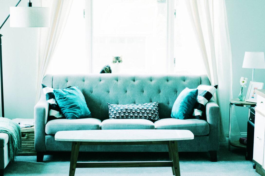 Large Size of Graue Couch Kombinieren Graues Sofa Grauer Teppich Wandfarbe Beiger Welcher Dekorieren Kissenfarbe Welche Gelbe Kissen Bunte Sofa Graues Sofa