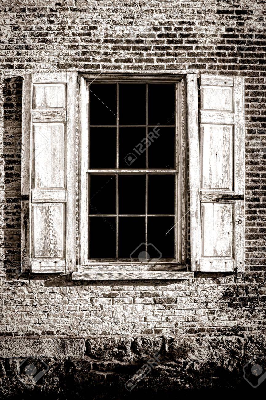 Full Size of Antike Fenster Baustoffe 2020 09 13 Schüco Kaufen Rollos Innen Küche Tipps Insektenschutz Für Internorm Preise Einbruchschutz Amerikanische Gebrauchte Fenster Alte Fenster Kaufen