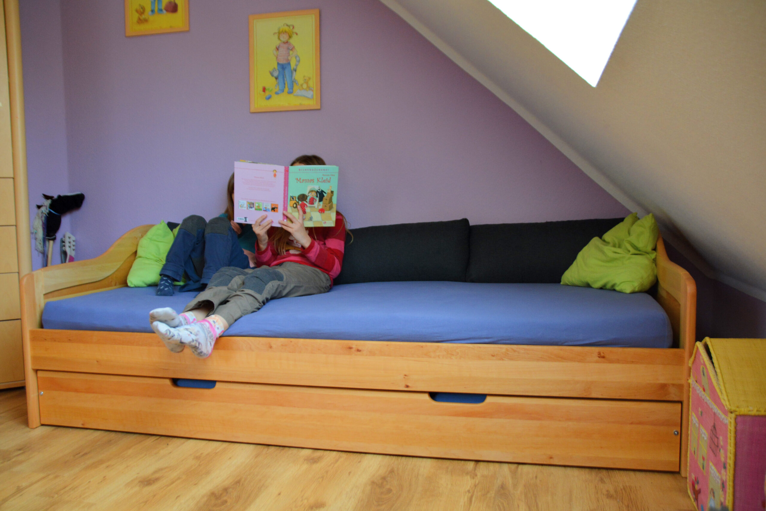 Full Size of Abenteuer Im Kinderzimmer Zum Ersten Mal Ber Nacht Zu Besuch Impressionen Sofa Mit Relaxfunktion Elektrisch Innovation Berlin Hersteller Big Kolonialstil In L Sofa Sofa Kinderzimmer