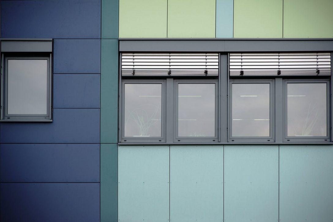 Large Size of Fenster Mit Rolladenkasten Rollladen Preise Diesen Kosten Mssen Sie Rechnen Heimhelden Velux Kaufen Online Konfigurieren Ikea Sofa Schlaffunktion Türen Obi Fenster Fenster Mit Rolladenkasten