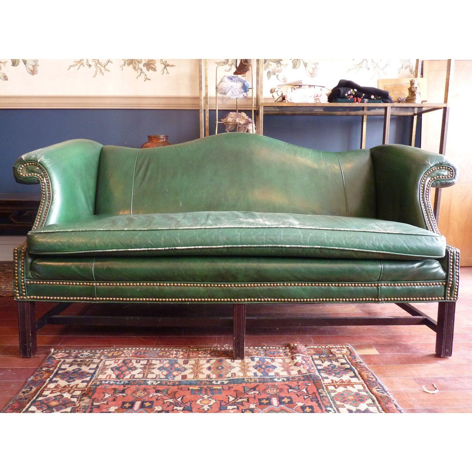 Full Size of Image Of Hunter Green Chippendale Sofa Couch Stoff Grau Xxl U Form Sitzsack Ikea Mit Schlaffunktion Günstig Für Esstisch Wildleder Leder Braun L Polyrattan Sofa Chippendale Sofa