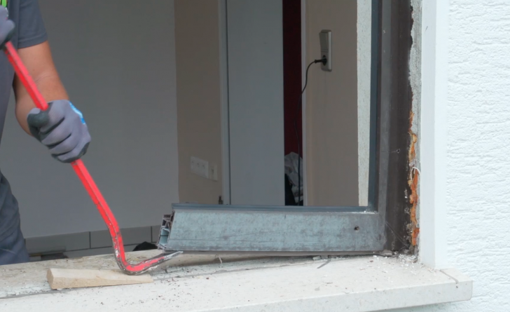 Medium Size of Fenster Ausbauen Fensterhai Einbruchsicher Sonnenschutzfolie Rc3 Austauschen Gitter Einbruchschutz Insektenschutz Ohne Bohren Velux Preise Klebefolie Schüko Fenster Fenster Tauschen
