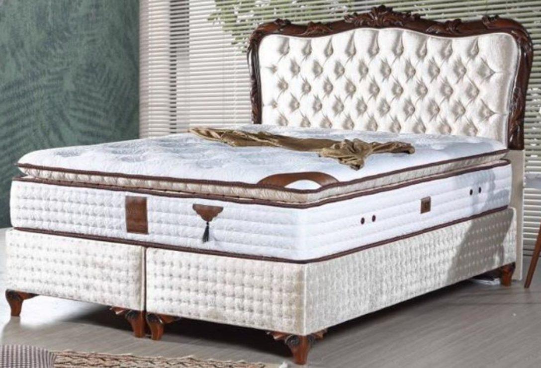 Large Size of Casa Padrino Barock Betten Handgefertigt Und Luxuris Bett 120x200 Mit Matratze Lattenrost 90x200 180x200 Bettkasten Breite 120x190 Trends Ausklappbar Tojo Bett Bett Barock