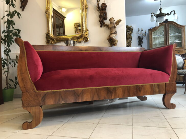 Medium Size of Sofa Antik Stil Couch Gebraucht Leder Optik Ledersofa Braun Kaufen Look Bali Antiklederoptik Sofas Schweiz Big Restauriertes Originales Biedermeier Nussholz Sofa Sofa Antik